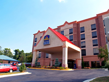 Best Western Hotel & Suites Airport South