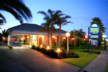 Best Western Coastal Water Motor Inn