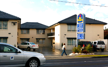 Best Western Fawkner Airport Motor Inn & Serviced Apart