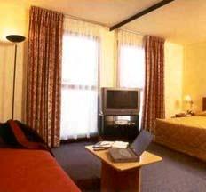 Comfort Hotel & Suites Les Floridianes Aix-en-provence - France