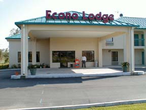 Econo Lodge & Suites Gulfport - USA