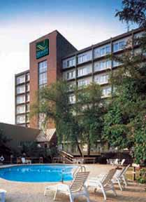 Quality Hotel & Suites Central Cincinnati - USA
