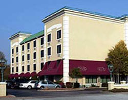 La Quinta Inn & Suites Milwaukee-Glendale/Bayshore Town Center Area - USA