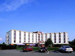 mercure lyon l 39 isle d 39 abeau villefontaine france mercure hotels in villefontaine france. Black Bedroom Furniture Sets. Home Design Ideas