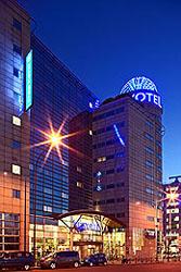 Novotel paris porte d 39 orleans paris france novotel hotels in paris france reservations - Parking porte d orleans paris ...