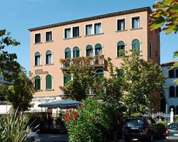Hotel Cristallo - Italy